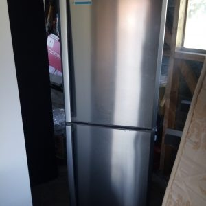 Mitsubishi fridge freezer